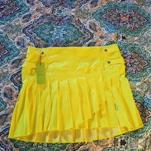 NWT Torrid pleated skirt